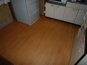台所の床板修理