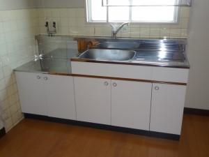 賃貸住宅のキッチンの取替え