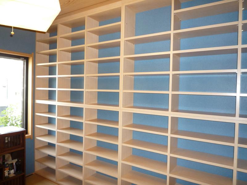壁一面の本棚ができました。棚 ...