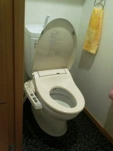 賃貸マンションにパナソニック温水洗浄便座を取付け