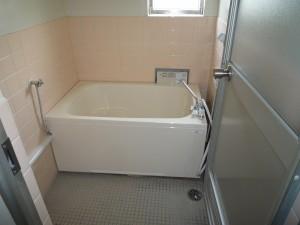 築30年の賃貸マンションの浴室リフォーム