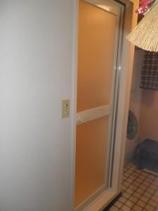 浴室ドアの交換(カバー工法)
